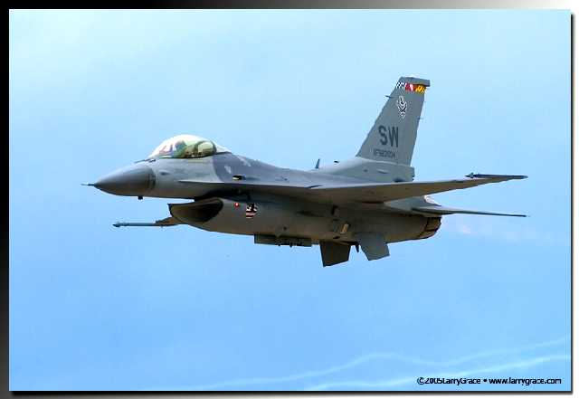 F-16  Fly-By, Pasco Washington